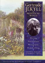 Cover for Gertrude Jekyll at Munstead Wood: Writing, Horticulture